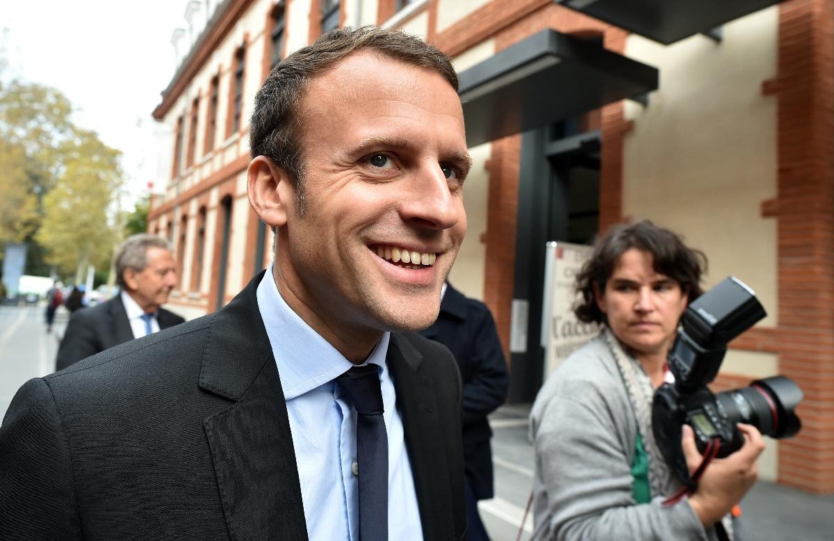Emmanuel Macron, la stratégie du météore - Documentaire (2016)
