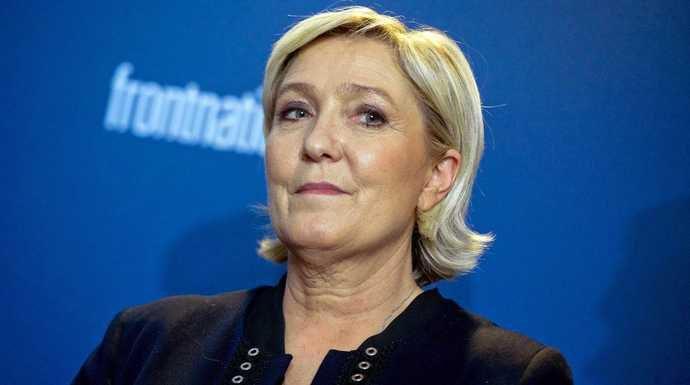 Marine Le Pen est-elle (vraiment) finie ? - Documentaire (2018)